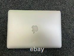 Apple MacBook Pro 13 Retina (2015) 2.7GHz i5 8GB 128GB SSD LCD lines