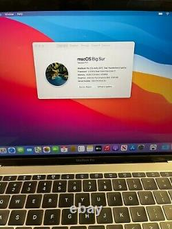 MacBook Pro 13 Space Gray 2017 2.5GHz i7 16GB 512GB SSD LCD ISSUE